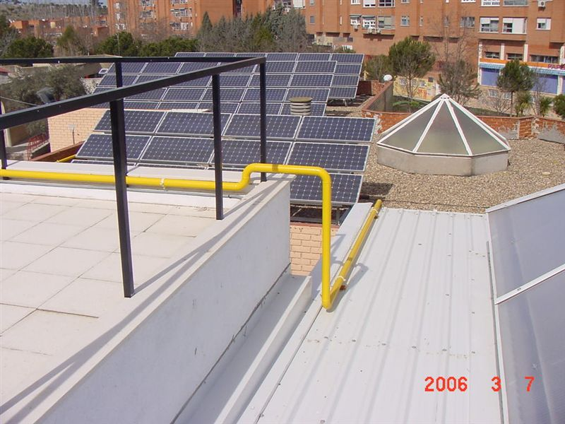 Inst receptoras de gas several solutions s l for Piscina municipal moralzarzal